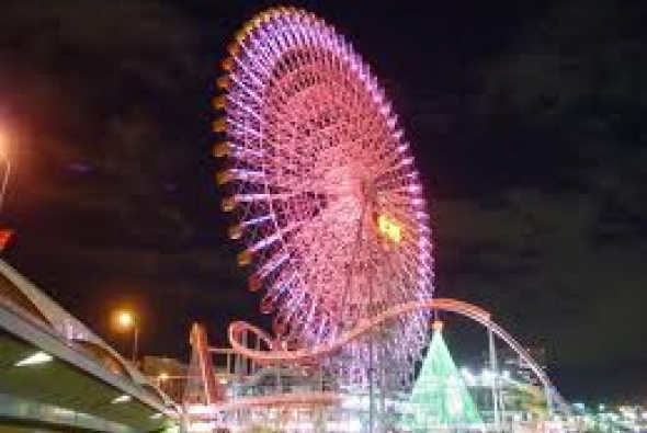огни колесо обозрения в Токио