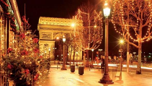 Триумфальная-арка-Париж