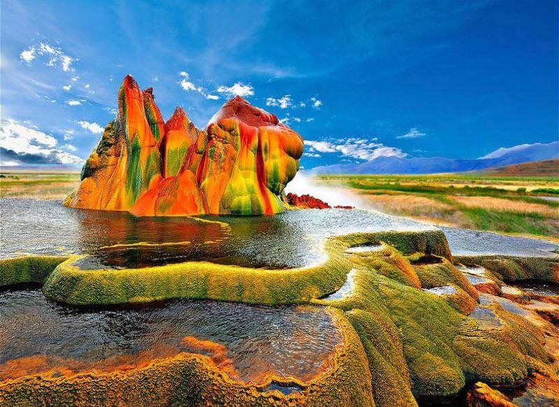 Красочные места планеты (22 фото)