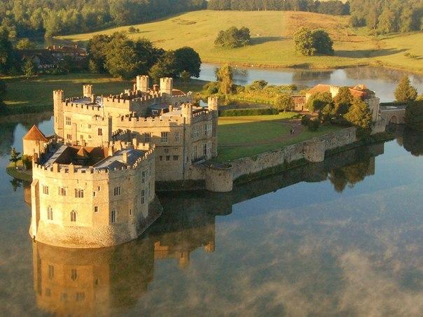 Один из красивейших замков — замок Лидс (9 фото)