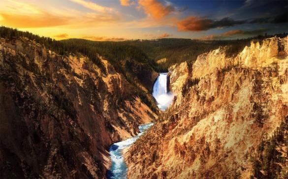 Йеллоустонский водопад, США
