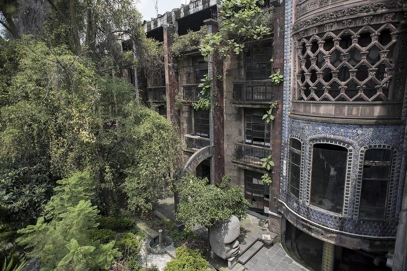 Заброшенный отель Ла Посада дель Соль (33 фото)